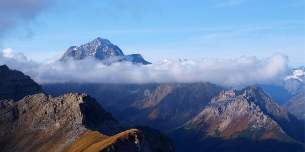 Der markante Habicht 3277 m im Blick