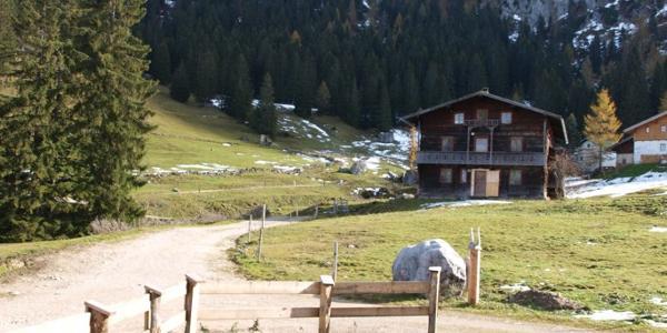 Kaindlhütte mit Scheffauer