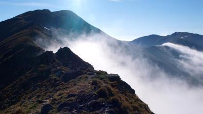 Hämmerkogelgrat mit Nebelschwaden