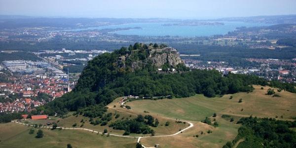 Hohentwiel mit Bodensee
