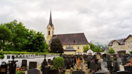 Kirche und Friedhof Bad Goisern