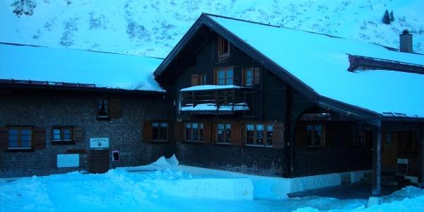 Die Schwarzwasserhütte.