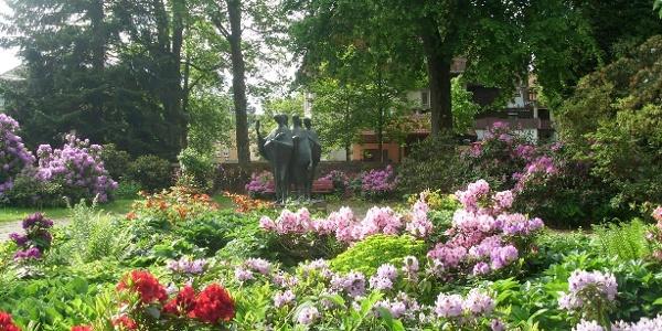 Gefallenen-Mahnmal im Park Courbevoie