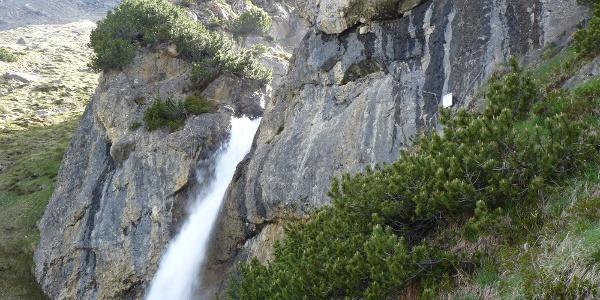 Wasserfall in Hüttennähe
