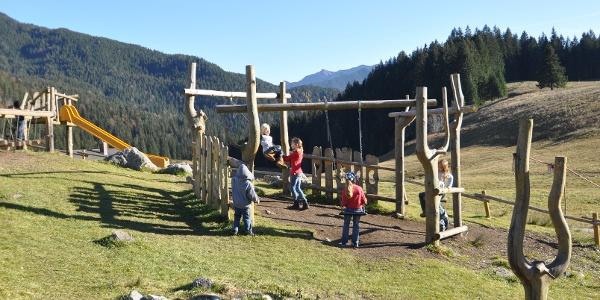 Der Spielplatz auf der Albert-Link-Hütte: Hier ist immer was los!