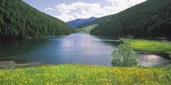 Blick in Richtung Süden auf den malerischen Durnholzer See.