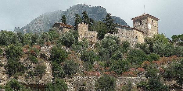 Die Kirche von Deià.