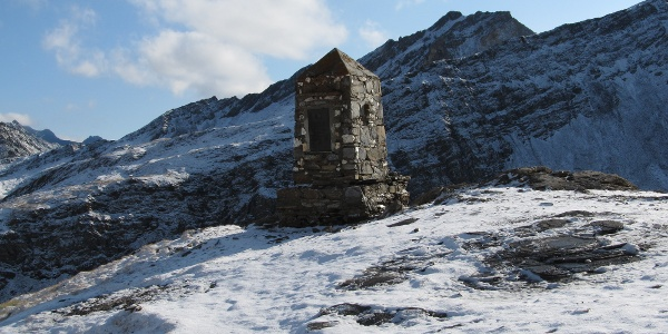 das Kriegerdenkmal für die Gefallenen des 1. Weltkrieges oberhalb der Salmhütte