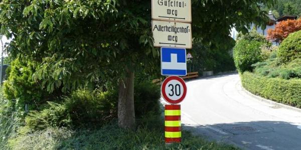Am Start Innsbruck Allerheiligenhöfe, hier links gehen