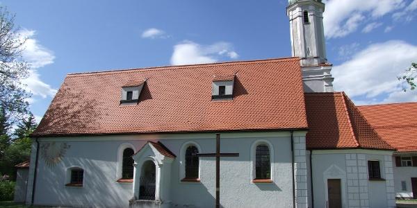 Die Riedkapelle in Benningen bei Memmingen.