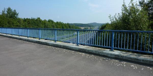 Brücke über A 7