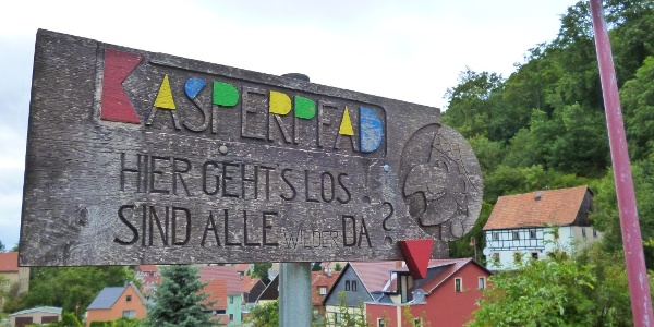 Schild am Startpunkt in Hohnstein
