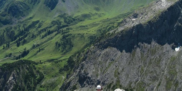 Herrliches Panorama mit Sulzfluh (links) und Drei Türmen.