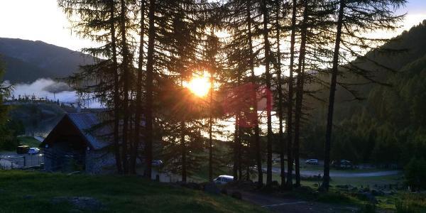 Sonnenaufgang am Weissbrunnsee