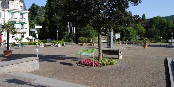 Schlossplatz Badenweiler Startpunkt der Tour