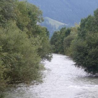 Die Saalach bei der Geigenbergbrücke