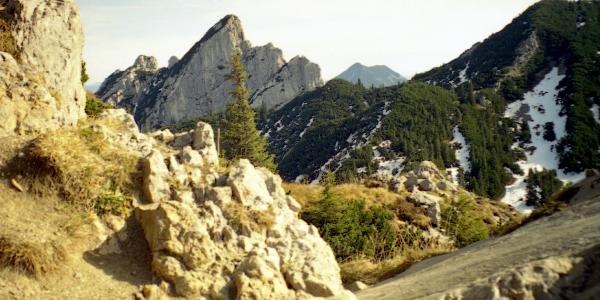 Abstieg, kurznach der Rotwandhütte