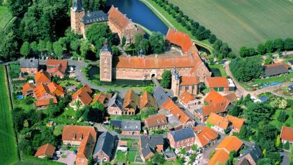 Wasserschloss Raesfeld von oben