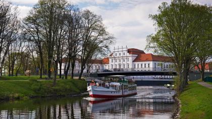 Schloss und Havel Oranienburg