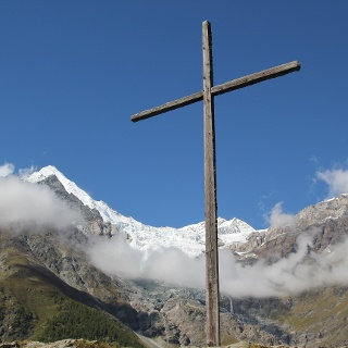 At Hohtschugge there's a wooden cross 9 metres high