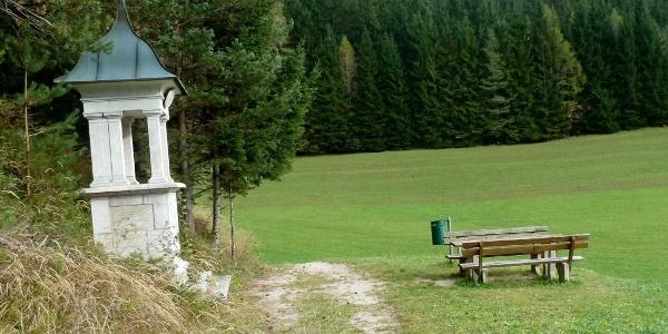 Am Kreuzweg nach Mariazell