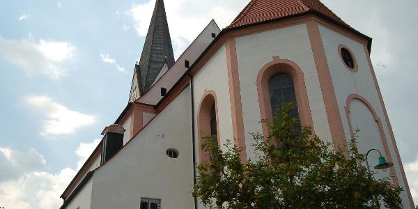 Die Kirche von Burggen.