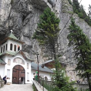 Ialomicioara Monastery
