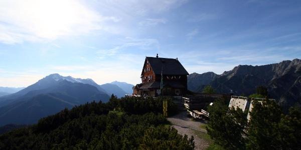 Peter-Wiechenthaler-Hütte