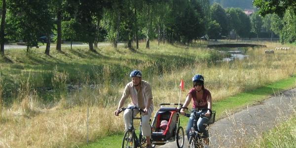 Radfahrer an der Altenau