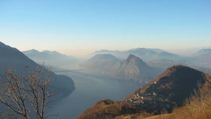 Blick auf Brè sopra Lugano und den Monte Brè.