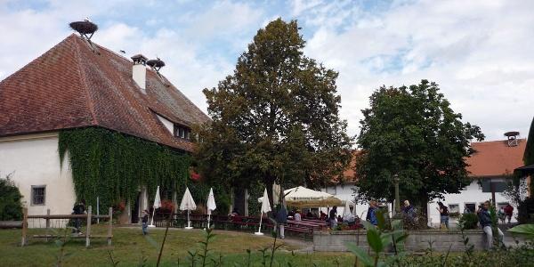 Biergarten und Gaststätte am Affenberg.