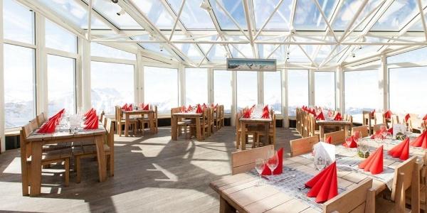 Panoramarestaurant Rothorngipfel innen