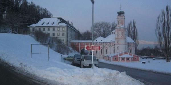 Start bei der Karlskirche
