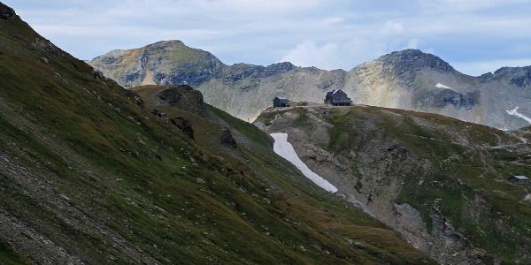 Die Hagener Hütte rückt ins Blickfeld.