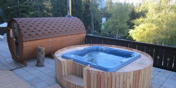 Sauna e idromassaggio in terrazza