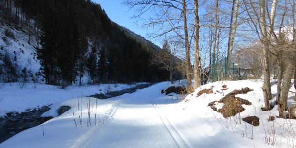 Illloipe hinter dem Mountainbeach vorbei