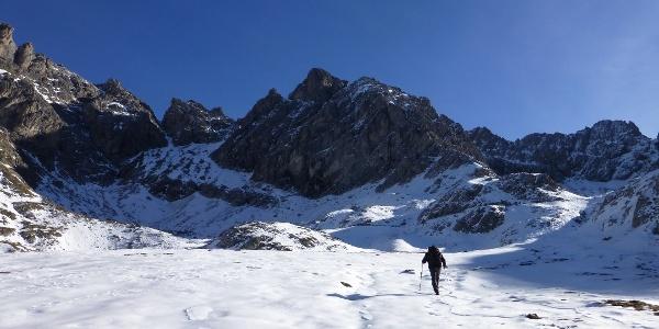 Früher Wintereinbruch auf dem Weg zur Karslbader Hütte