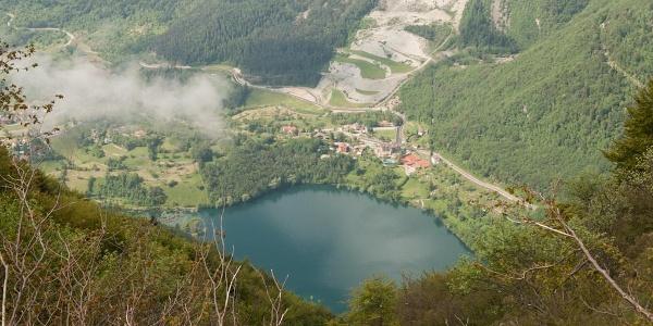 Lago di Tenno dal Monte Misone