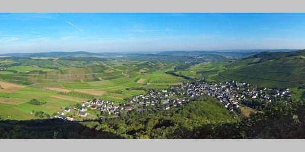 Josephinenhöhe: Ausblick auf Veldenz