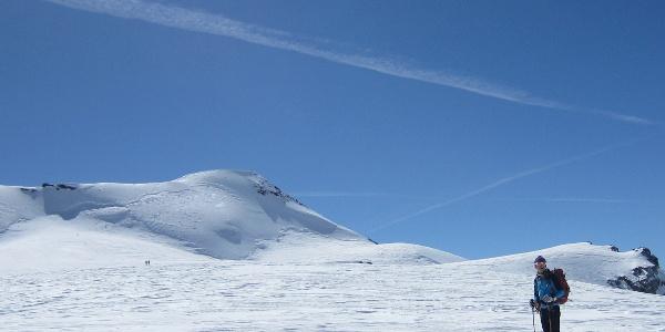 Monte Cevedale mit Gipfelhang im Blickfeld