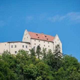 Rosenburg mit Falknerei in Riedenburg