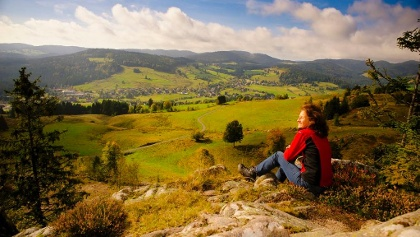 Bernauer Hochtal Steig: Blick vom Hohfelsen auf das weite Hochtal. Foto Birgit-Cathrin Duval