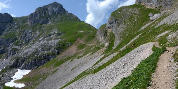 Aufstieg zum Hochiss, links im Hintergrund