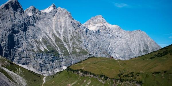 Blick vom Hohljoch zur Falkenhütte