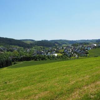 Blick auf Cobbenrode im Sauerland