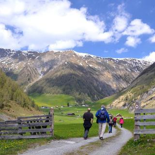 Schmirn, Alpengasthof Kasern