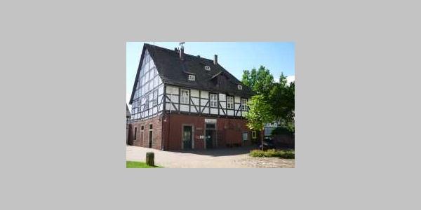 Tourist-Information Bodenwerder (ehemaliges Brennereihaus)