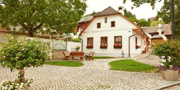 Artstetten Prangerplatz
