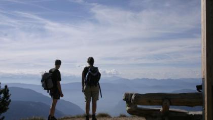 Weit- und Tiefblick – Krönung der Wanderung auf dem Völsegg-Spitz