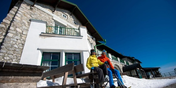 Schneeschuhwandern beim Raxalpen Berggasthof